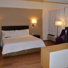 Отель Fiesta Inn Tlalnepantla Тлальнепантла-де-Бас сейф в номере