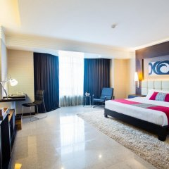 Отель DoubleTree by Hilton Bangkok Ploenchit 5* Номер Делюкс фото 2