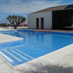 Отель Baia da Barca Apartamentos Turisticos Португалия, Мадалена - отзывы, цены и фото номеров - забронировать отель Baia da Barca Apartamentos Turisticos онлайн бассейн фото 2