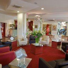 Отель Mioni Royal San Италия, Монтегротто-Терме - отзывы, цены и фото номеров - забронировать отель Mioni Royal San онлайн интерьер отеля