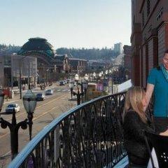 Отель Courtyard by Marriott Tacoma Downtown США, Такома - отзывы, цены и фото номеров - забронировать отель Courtyard by Marriott Tacoma Downtown онлайн балкон