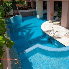 Brascos Hotel бассейн