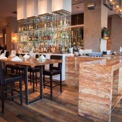 Отель JW Marriott Essex House New York США, Нью-Йорк - 8 отзывов об отеле, цены и фото номеров - забронировать отель JW Marriott Essex House New York онлайн гостиничный бар