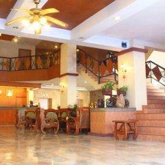 Отель Mike Beach Resort Pattaya гостиничный бар