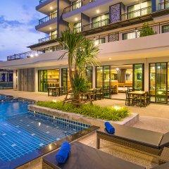 Отель AVA Sea Resort бассейн