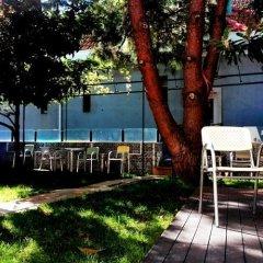 Go Hostel Lisbon Лиссабон приотельная территория
