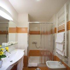 Отель San Gottardo Италия, Вербания - отзывы, цены и фото номеров - забронировать отель San Gottardo онлайн ванная фото 2