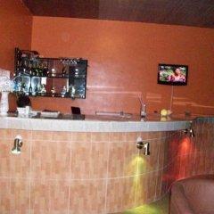 Отель Afara Castle Hotel Нигерия, Калабар - отзывы, цены и фото номеров - забронировать отель Afara Castle Hotel онлайн гостиничный бар
