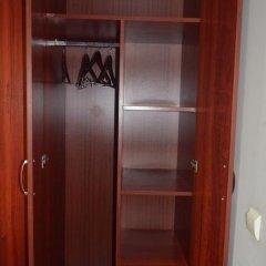 Гостиница Неман сейф в номере