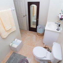 Отель The Bailey's New Kingston Suites ванная фото 2