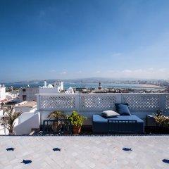Отель Albarnous Maison d'Hôtes Марокко, Танжер - отзывы, цены и фото номеров - забронировать отель Albarnous Maison d'Hôtes онлайн балкон
