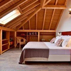 Отель Mercearia d'Alegria Boutique B&B Стандартный семейный номер разные типы кроватей