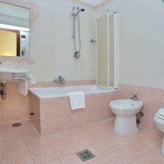 Отель Hiberia Италия, Рим - 1 отзыв об отеле, цены и фото номеров - забронировать отель Hiberia онлайн ванная фото 2