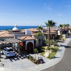 Отель Hacienda Encantada Resort & Residences парковка
