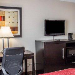 Отель Comfort Inn North Conference Center удобства в номере