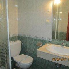Отель Fisherman's Hut Family Hotel Болгария, Чепеларе - отзывы, цены и фото номеров - забронировать отель Fisherman's Hut Family Hotel онлайн ванная