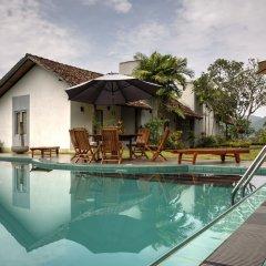 Отель Omatta Villa бассейн