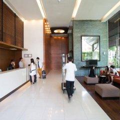 Отель Amanta Hotel & Residence Ratchada Таиланд, Бангкок - отзывы, цены и фото номеров - забронировать отель Amanta Hotel & Residence Ratchada онлайн интерьер отеля фото 2