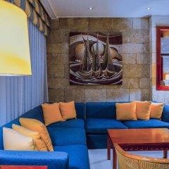 Mediterranean Hotel гостиничный бар