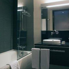 Отель Pestana Arena Barcelona ванная фото 2