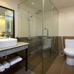 Отель Viet Long Hoi An Beach Hotel Вьетнам, Хойан - отзывы, цены и фото номеров - забронировать отель Viet Long Hoi An Beach Hotel онлайн ванная
