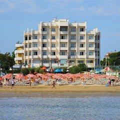 Hotel Life Римини пляж фото 2