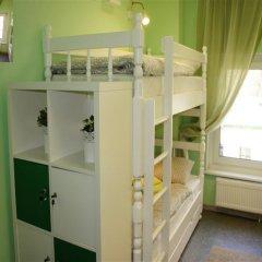 Гостевой Дом Полянка Кровать в общем номере с двухъярусными кроватями фото 13