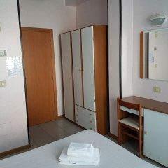 Отель Ceccarini 9 Италия, Риччоне - отзывы, цены и фото номеров - забронировать отель Ceccarini 9 онлайн удобства в номере фото 2