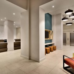 Отель Hilton Garden Inn New York Times Square South интерьер отеля