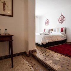 Отель Albarnous Maison d'Hôtes Марокко, Танжер - отзывы, цены и фото номеров - забронировать отель Albarnous Maison d'Hôtes онлайн комната для гостей фото 3