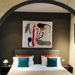 Отель Villa La Tour Ницца сейф в номере