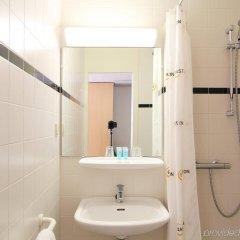 Отель Bastion Hotel Schiphol / Hoofddorp Нидерланды, Хофддорп - 1 отзыв об отеле, цены и фото номеров - забронировать отель Bastion Hotel Schiphol / Hoofddorp онлайн ванная
