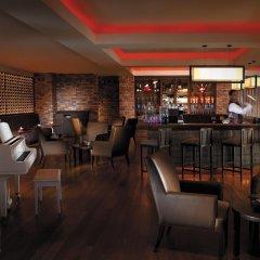 Отель Shangri-La's Rasa Sayang Resort and Spa, Penang Малайзия, Пенанг - отзывы, цены и фото номеров - забронировать отель Shangri-La's Rasa Sayang Resort and Spa, Penang онлайн гостиничный бар