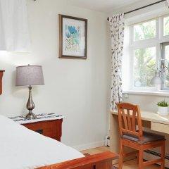 Отель Private and Cozy Home in Kerrisdale Канада, Ванкувер - отзывы, цены и фото номеров - забронировать отель Private and Cozy Home in Kerrisdale онлайн