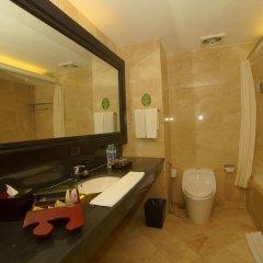 Отель Best Western Resort Kuta ванная фото 2