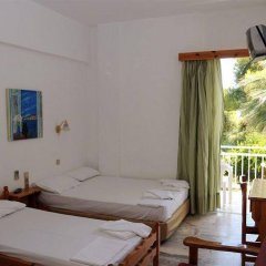 Отель Zontanos Studios Греция, Метана - отзывы, цены и фото номеров - забронировать отель Zontanos Studios онлайн комната для гостей
