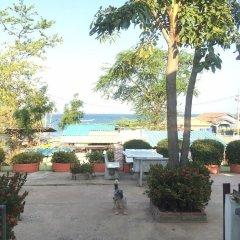 Отель Insook Ko Larn Guesthouse пляж