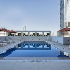 Отель Novotel Sharjah Expo Center ОАЭ, Шарджа - отзывы, цены и фото номеров - забронировать отель Novotel Sharjah Expo Center онлайн бассейн фото 2