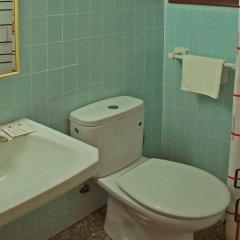 Отель Hostal Radio ванная