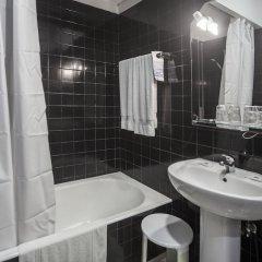 Отель Residencial Sete Cidades Португалия, Понта-Делгада - отзывы, цены и фото номеров - забронировать отель Residencial Sete Cidades онлайн ванная фото 2