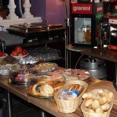 Отель Club Hotel Praha Чехия, Прага - 2 отзыва об отеле, цены и фото номеров - забронировать отель Club Hotel Praha онлайн питание фото 3