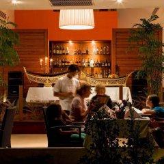 Отель Dewa Phuket Nai Yang Beach Таиланд, Пхукет - 1 отзыв об отеле, цены и фото номеров - забронировать отель Dewa Phuket Nai Yang Beach онлайн гостиничный бар