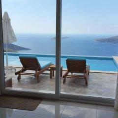 Kalkan Village Турция, Патара - отзывы, цены и фото номеров - забронировать отель Kalkan Village онлайн балкон