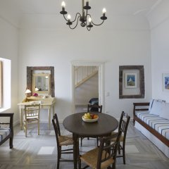 Отель Cori Rigas Suites Греция, Остров Санторини - отзывы, цены и фото номеров - забронировать отель Cori Rigas Suites онлайн комната для гостей фото 4