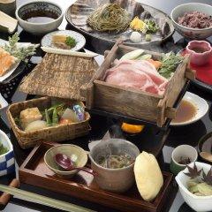Hotel Shikimi Такатихо питание