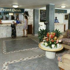Doctors Cave Beach Hotel интерьер отеля