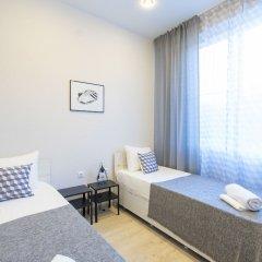 Апартаменты More Apartments na Tsvetochnoy 30 (3) Сочи комната для гостей фото 2