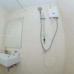 Отель OYO 812 Nature House Бангкок ванная