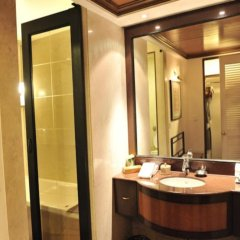Отель The Park, Kolkata ванная