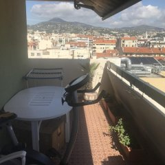 Апартаменты Apartment With 2 Bedrooms in Nice, With Wonderful City View, Balcony and Wifi - 1 km From the Beach Ницца балкон